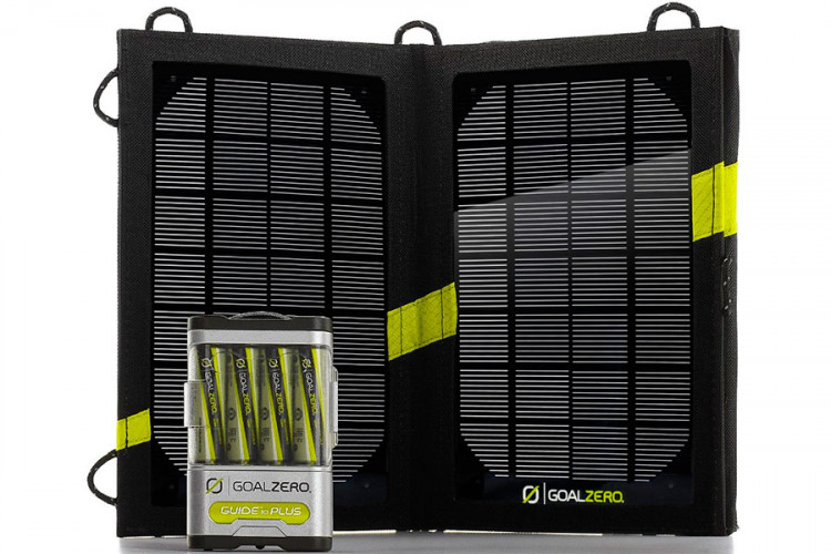 Зарядка на солнечных батареях Guide 10 Plus Solar Kit